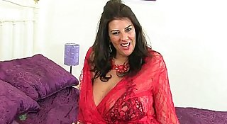 British milfs Lulu Lush and Toni Lace wearing fishnets